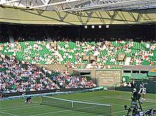Picture of the central tennis court at Wimbledon