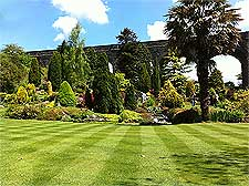 Photo of the viaduct at Kilver Court Gardens