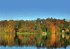 Image of autumn colours at Stourhead, Wiltshire - photo by Mike Searle
