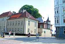 Picture showing a view of the city centre