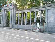 St. Nicholas Colonnade photograph