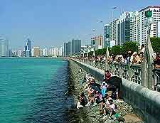 Photo showing the waterfront Corniche