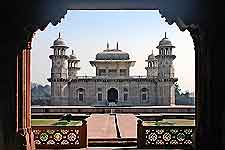 Image of Itmad-Ud-Daulah's Tomb