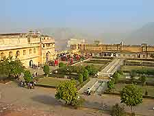 Photo of the stunning Amber Fort at nearby Jaipur