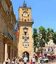 Picturesque image of Aix-en-Provence city centre