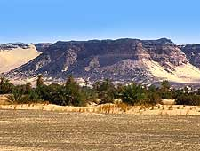 Picture showing the Kaouar escarpment, located in the Tenere Desert, Niger