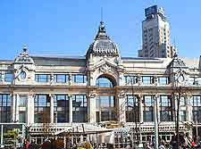 Picture of popular shopping centre in the city centre