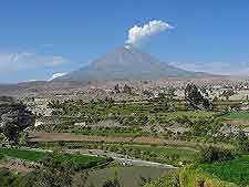 Picture showing the Arequipa El Volcano