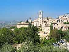 Picture showing the city view of Assisi