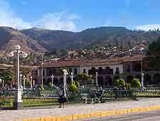 Central photo of the Plaza de Armas