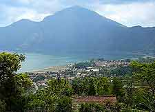 Bali Tourist Attractions: Kintamani photograph