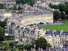 Picture showing Bath's Royal Crescent