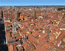Cityscape view from the Asinelli Tower, by Tango7174