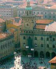 Further view of a Bologna Piazza