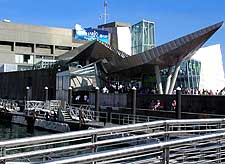 Image of the New England Aquarium
