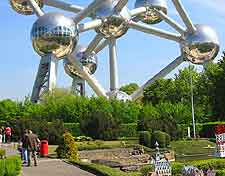 Brussels Airport (BRU) Orientation: Photo of the Atomium in Bruparck
