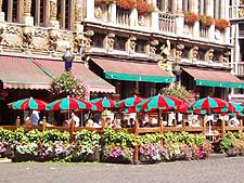 Close-up photo of dining tables on the Grote Markt square