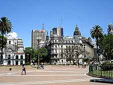 Photograph showing the Plaza de Mayo