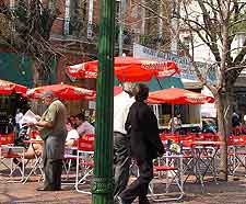 Image of outdoor eating in the summer