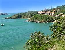Photo of the Joao Fernandinho beachfront, by Mariordo Mario Roberto Duran Ortiz