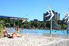 Picture showing the artificial beach, next to the lagoon