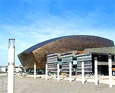 Picture of the Millennium Centre, photo by Thomas Davey
