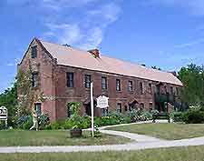 Picture of the Boone Hall Plantation's Cotton Gin building