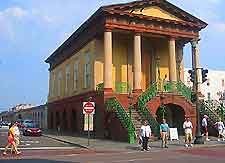 Old City Market - Attractions - Meeting St & Market St, Charleston, SC, 29401