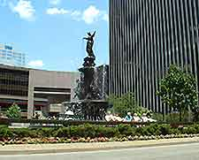 Further picture of Fountain Square
