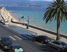 Beachfront road photo