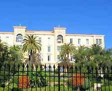 Picture of the Grand Hotel Continental at Ajaccio
