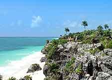 Photo of the beautiful Tulum shoreline