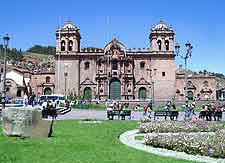 Photograph of Cusco's splendid cathedral