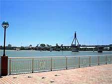 Picture of the Han River Bridge, photo by Fa2f