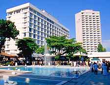 Picture of the Grand Hotel Kinshasa and its outdoor pool