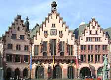 Picture of the Romer (City Hall) in the Altstadt district