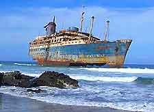 Image of the shipwrecked American Star off Fuerteventura's Playa de Garcey