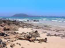 Picture of one of the beaches in the town of Corralejo, Fuerteventura