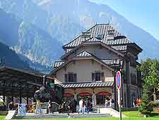 Further view showing Chamonix (Chamonix-Mont-Blanc)