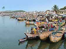Image of traditional fishing boats on the Elmina coast