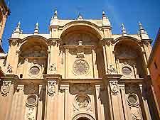 Further image of Granada's Catedral de Santa Maria de la Encarnacion