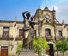 Image of the Palacio de Gobierno (Government Palace)