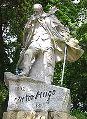 Photo of Victor Hugo statue, Guernsey