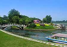 Riverfront picture