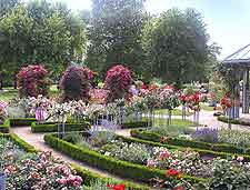 View showing the Planten un Blomen in the summer