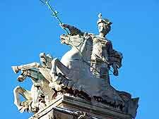 Photo of Britannia statue in the city centre