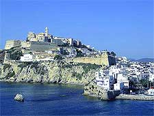 Image showing the Old Town (Dalt Vila), photo by Forbfruit