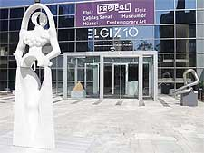 Photo showing the Elgiz Museum of Contemporary Art (Proje 4L)