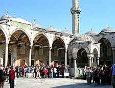 Photo of crowds outside the Blue Mosque