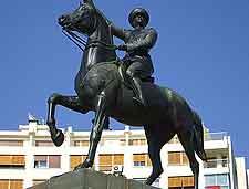 Photo of prominent Ataturk statue